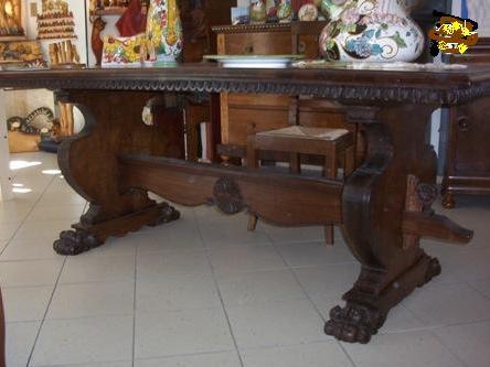 Copie mobili antichi for Mobili 800 toscano